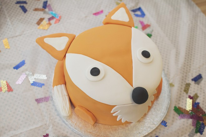 fox_birthday_cake_baking_joseph_jospeh_finished_cake